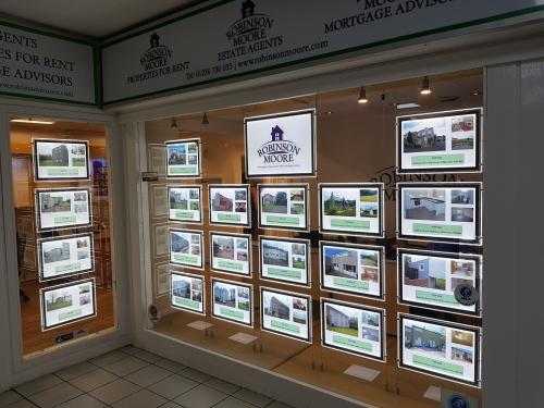 LED-Estate-Agents-Window-Display-Robinson-Moore-Scotland-2019-2
